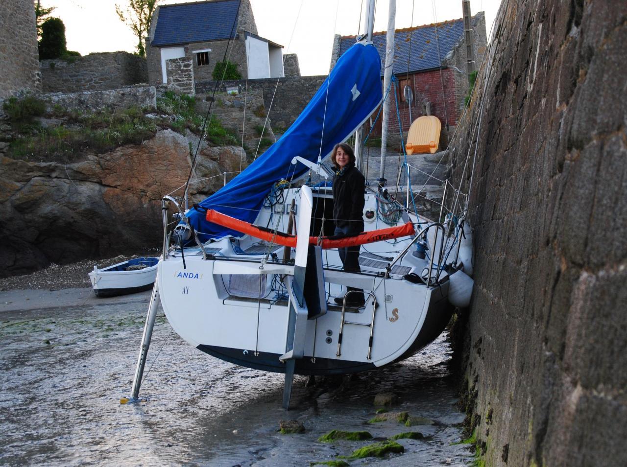 12 Anda à l'échouage au port du Châtelet