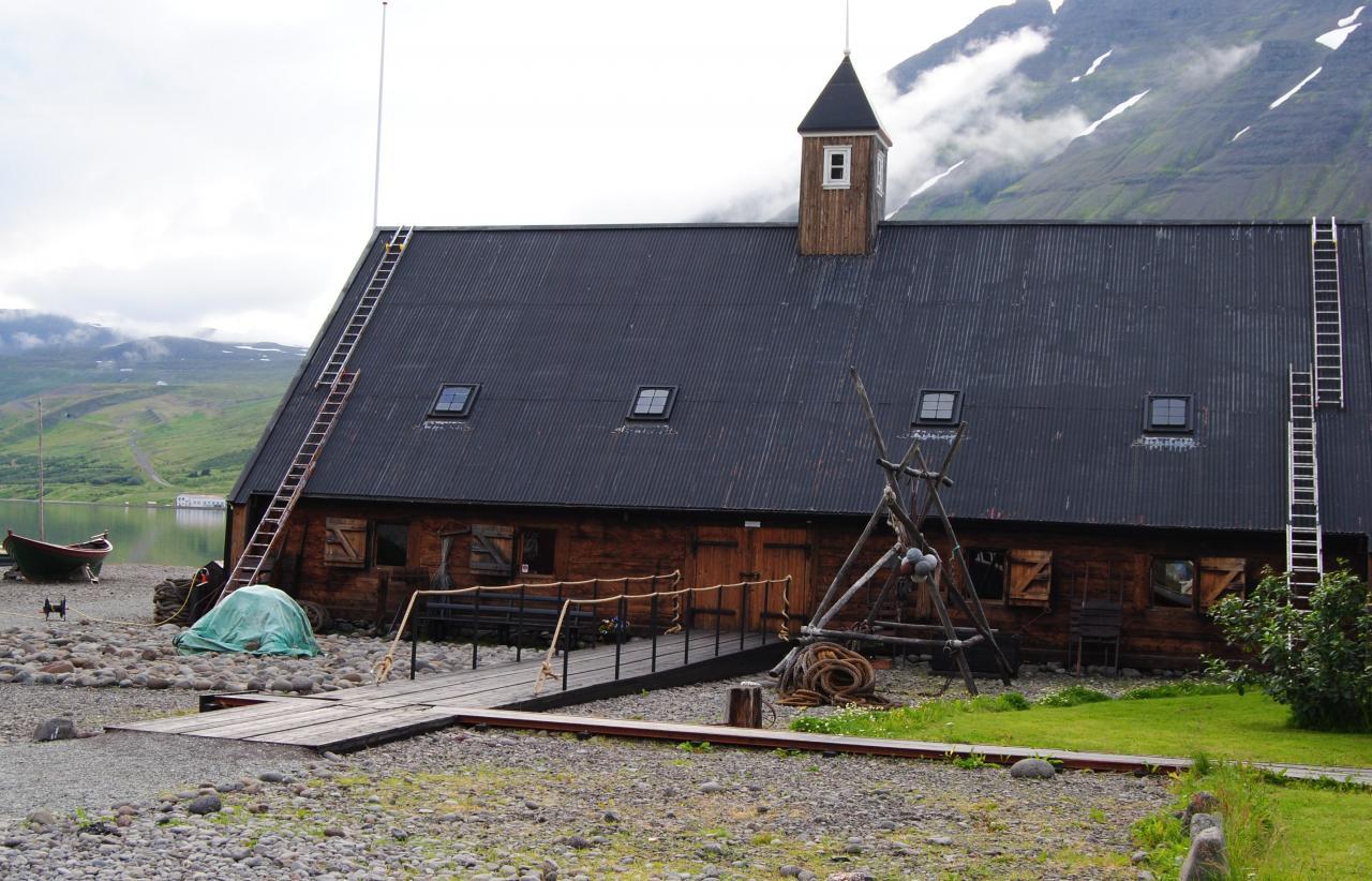 391 Isafjordur