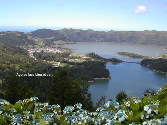 Açores lacs bleu et vert 2004 015