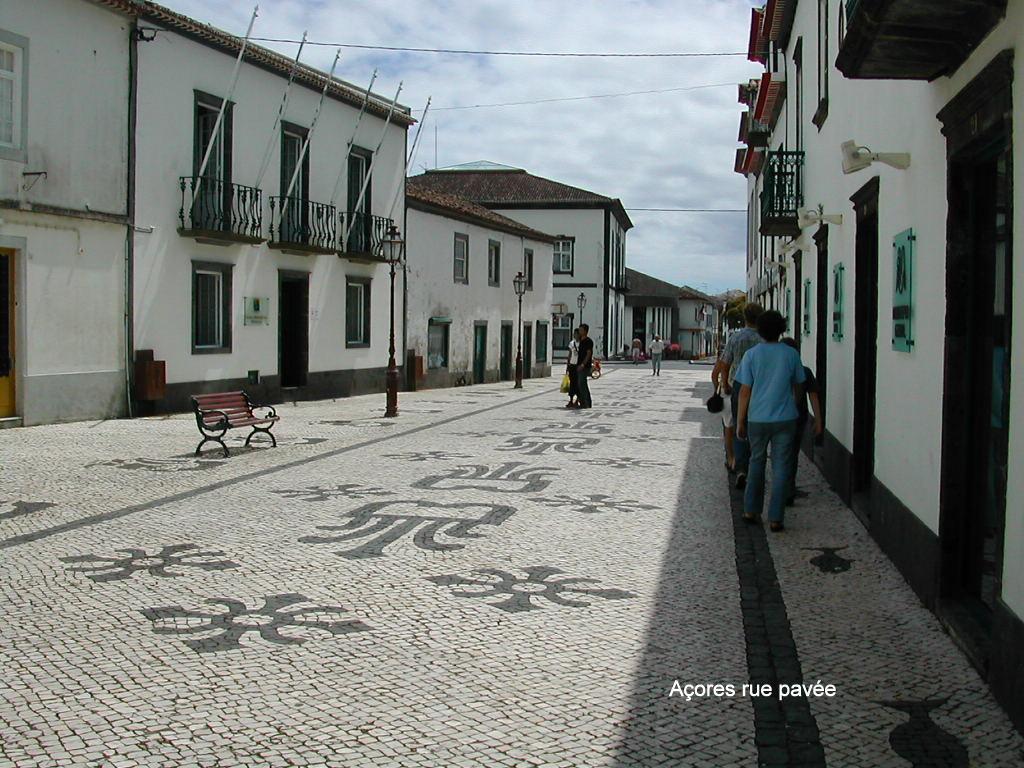 Açores rue pavée 2004 119