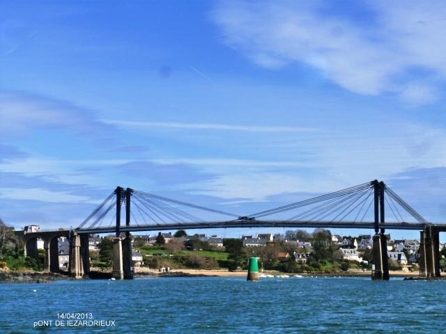 le pont sur le 'Trieux'